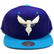 Mitchell & Ness - Snapback Cap Charlotte Hornets...
