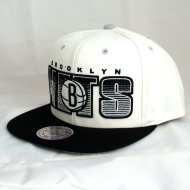 Brooklyn Nets Snapback Downstripes | NBA | Mitchell & Ness